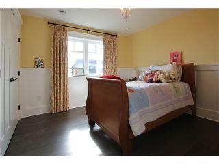 "Photo 9: 128 GLYNDE Avenue in Burnaby: Capitol Hill BN House for sale in ""CAPITOL HILL"" (Burnaby North)  : MLS®# V1052791"