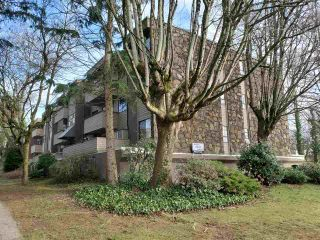 Main Photo: 24 2431 KELLY Avenue in Port Coquitlam: Central Pt Coquitlam Condo for sale : MLS®# R2545236