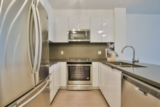 "Photo 3: 229 15137 33 Avenue in Surrey: Morgan Creek Condo for sale in ""PRESCOTT COMMONS"" (South Surrey White Rock)  : MLS®# R2362229"