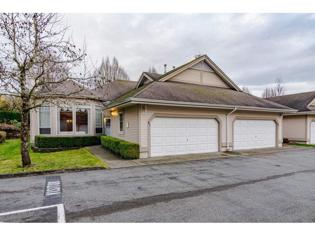 """Main Photo: 87 9025 216 Street in Langley: Walnut Grove Townhouse for sale in """"Coventry Woods"""" : MLS®# R2533100"""