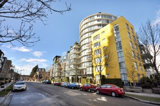 """Photo 1: 408 1485 West 6th Avenue in """"Portico's Carrara"""" built by Bosa.: False Creek Home for sale ()  : MLS®# V874304"""