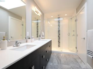 Photo 12: 115 300 Phelps Ave in VICTORIA: La Thetis Heights Row/Townhouse for sale (Langford)  : MLS®# 800789