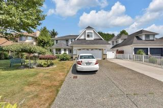 """Photo 3: 8552 142A Street in Surrey: Bear Creek Green Timbers House for sale in """"Brookside"""" : MLS®# R2606267"""