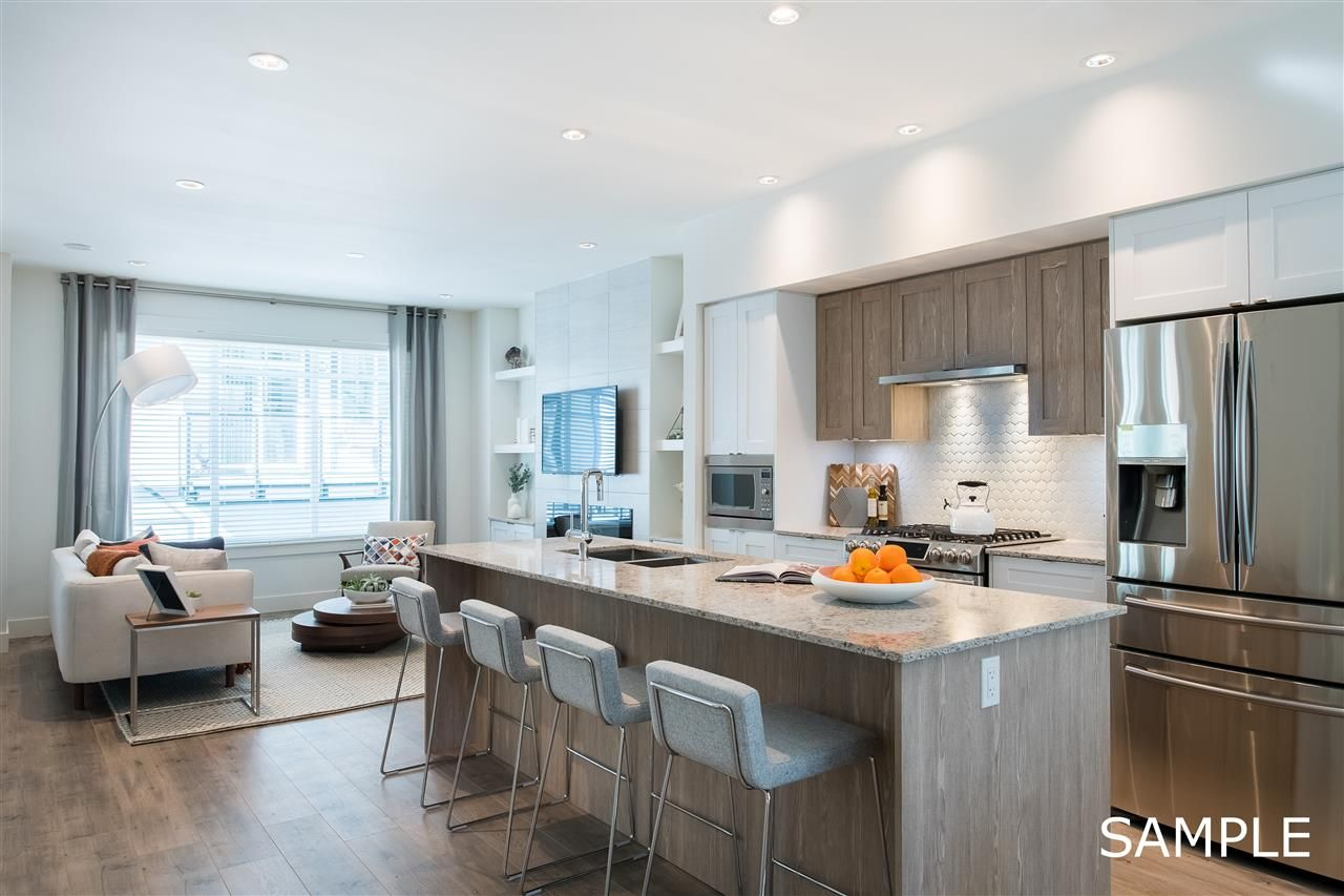 """Main Photo: 26 11188 72 Avenue in Delta: Sunshine Hills Woods Townhouse for sale in """"Chelsea Gate"""" (N. Delta)  : MLS®# R2430330"""