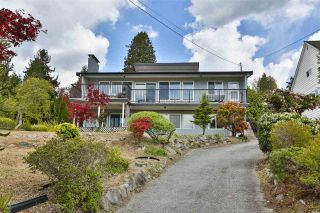 Photo 3: 1239 IOCO Road in Port Moody: Barber Street House for sale : MLS®# R2536654