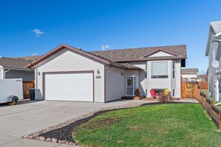 Photo 1: 4706 63 Avenue: Cold Lake House for sale : MLS®# E4266297
