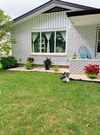 Photo 8: 141 Fifth Street S in Beausejour: House for sale : MLS®# 202124316