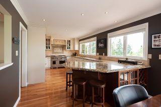 """Photo 5: 7421 CRAWFORD Drive in Delta: Nordel House for sale in """"ROYAL YORK"""" (N. Delta)  : MLS®# R2600663"""