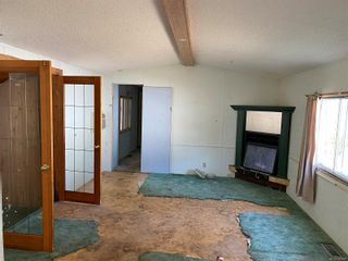 Photo 3: 35 1160 Shellbourne Blvd in Campbell River: CR Campbell River Central Manufactured Home for sale : MLS®# 887807