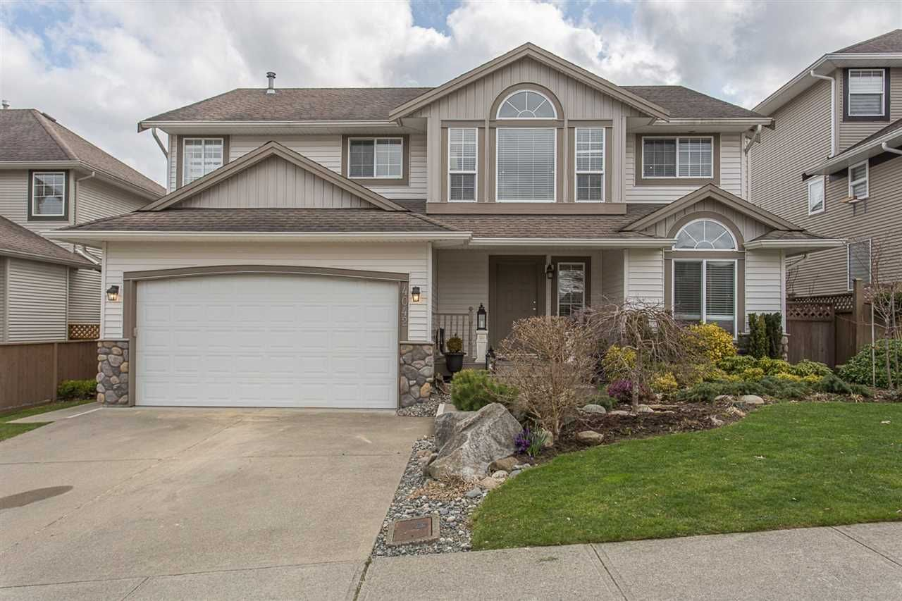 """Main Photo: 4042 CHANNEL Street in Abbotsford: Abbotsford East House for sale in """"Sandy Hill/ Clayburn"""" : MLS®# R2249547"""