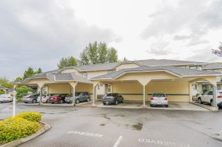 """Photo 6: 22 5750 174 Street in Surrey: Cloverdale BC Townhouse for sale in """"STETSON VILLAGE"""" (Cloverdale)  : MLS®# R2616395"""