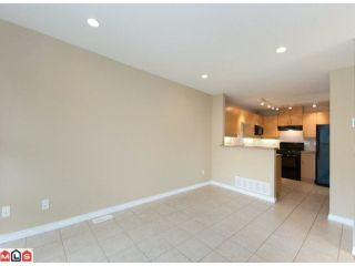 "Photo 7: 67 13918 58TH Avenue in Surrey: Panorama Ridge Townhouse for sale in ""ALDER PARK"" : MLS®# F1009963"