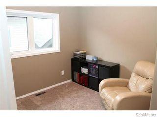 Photo 9: 803 Weisdorff Place: Warman Single Family Dwelling for sale (Saskatoon NW)  : MLS®# 537473