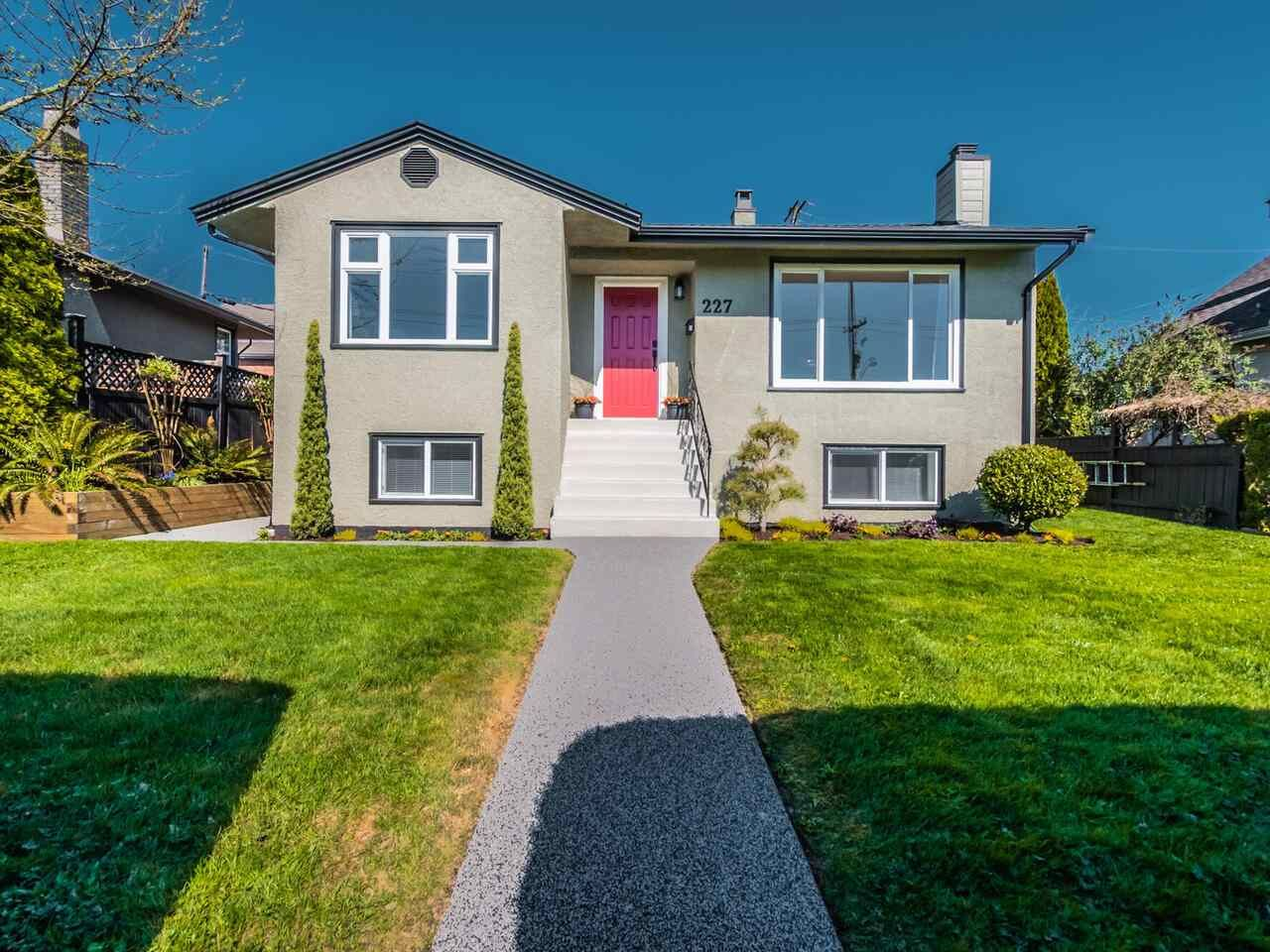 Main Photo: 227 E EIGHTH Avenue in New Westminster: The Heights NW House for sale : MLS®# R2568928