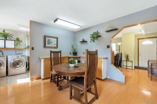 Photo 5: 17942 SHANNON Place in Surrey: Cloverdale BC House for sale (Cloverdale)  : MLS®# R2350989