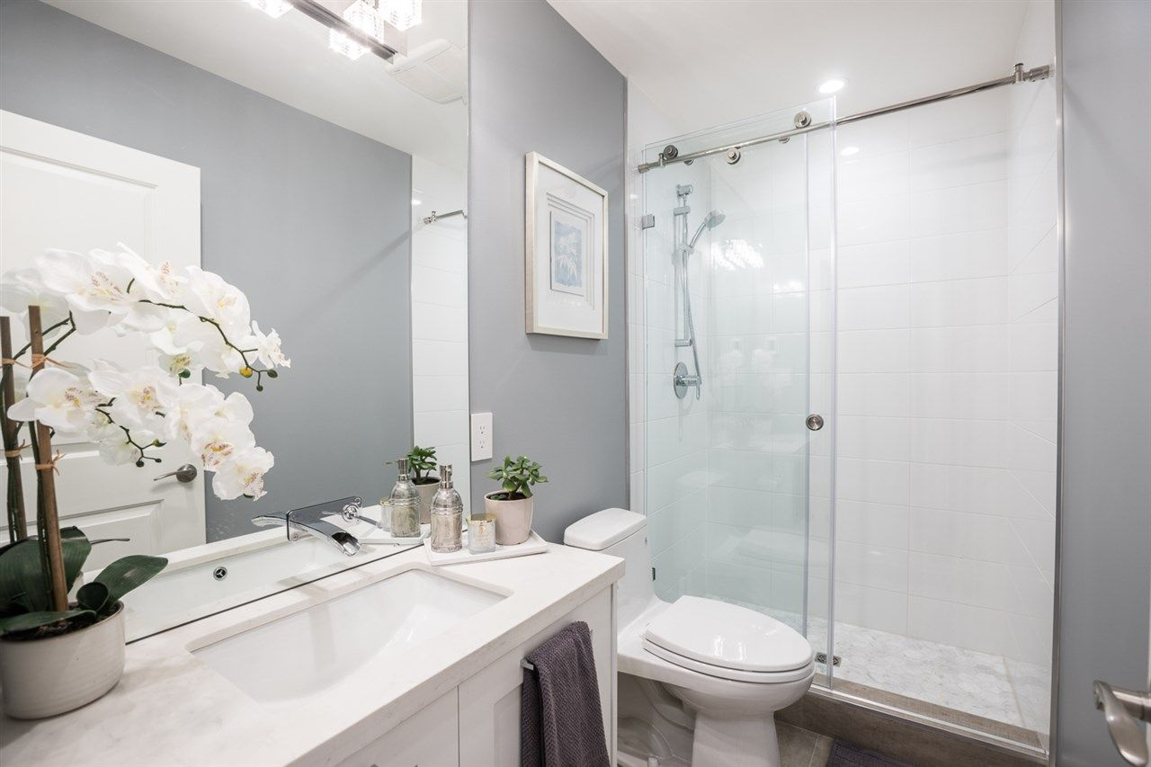"""Photo 18: Photos: 516 E 49TH Avenue in Vancouver: South Vancouver House for sale in """"FRASER"""" (Vancouver East)  : MLS®# R2461034"""