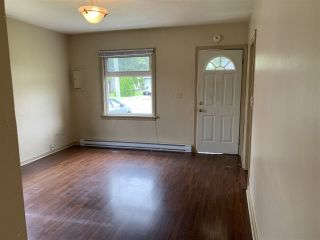 Photo 3: 46194 GORE Avenue in Chilliwack: Chilliwack E Young-Yale House for sale : MLS®# R2479252