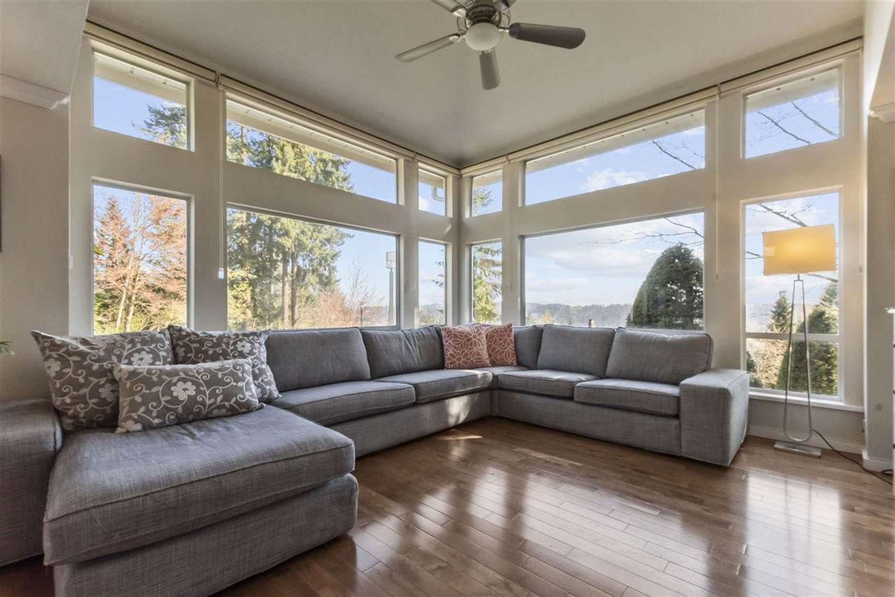 """Main Photo: 20 181 RAVINE Drive in Port Moody: Heritage Mountain Townhouse for sale in """"The Viewpoint"""" : MLS®# R2568022"""