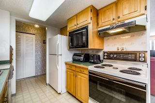 """Photo 12: 1405 4165 MAYWOOD Street in Burnaby: Metrotown Condo for sale in """"Place on the Park"""" (Burnaby South)  : MLS®# R2116155"""