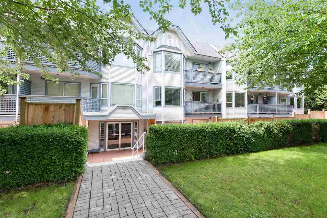 """Main Photo: 108 315 E 3RD Street in North Vancouver: Lower Lonsdale Condo for sale in """"DUNBARTON MANOR"""" : MLS®# R2083441"""