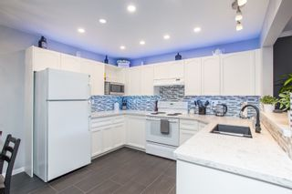 "Photo 14: 109 9299 121 Street in Surrey: Queen Mary Park Surrey Condo for sale in ""Huntington Gate"" : MLS®# R2479219"