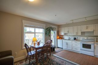 """Photo 3: 6 6233 TYLER Road in Sechelt: Sechelt District Townhouse for sale in """"THE CHELSEA"""" (Sunshine Coast)  : MLS®# R2470875"""