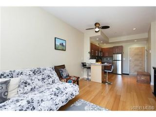 Photo 4: 307 611 Brookside Rd in VICTORIA: Co Latoria Condo for sale (Colwood)  : MLS®# 733632