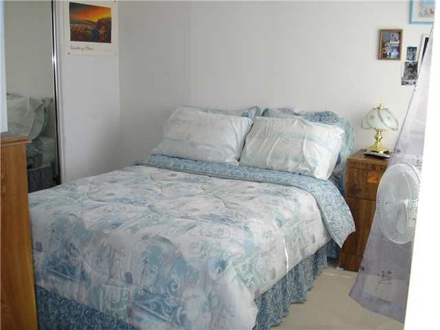 Photo 8: Photos: OCEANSIDE House for sale : 3 bedrooms : 4084 Ivey Vista