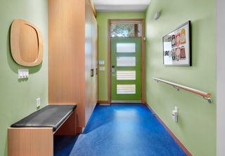 Photo 3: 10506 137 Street in Edmonton: Zone 11 House for sale : MLS®# E4264066