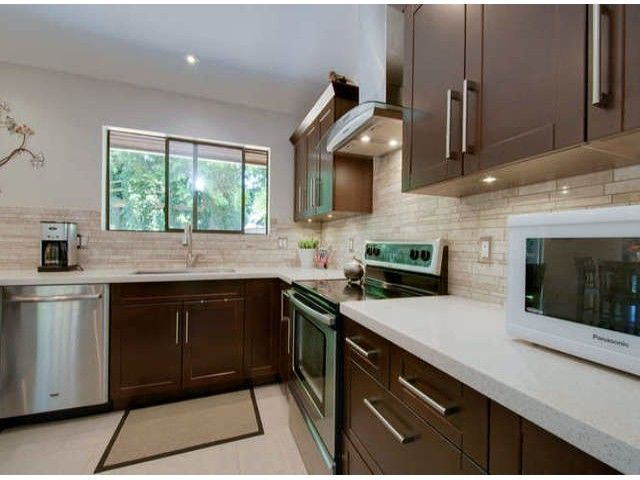 """Photo 7: Photos: 13273 AMBLE GREENE Court in Surrey: Crescent Bch Ocean Pk. House for sale in """"AMBLE GREENE"""" (South Surrey White Rock)  : MLS®# F1411168"""