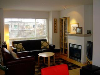 Photo 4: 304 2688 WATSON Street in Vancouver East: Home for sale : MLS®# V620785
