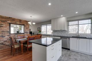 Photo 7: 447 Glamorgan Place SW in Calgary: Glamorgan Detached for sale : MLS®# A1096467