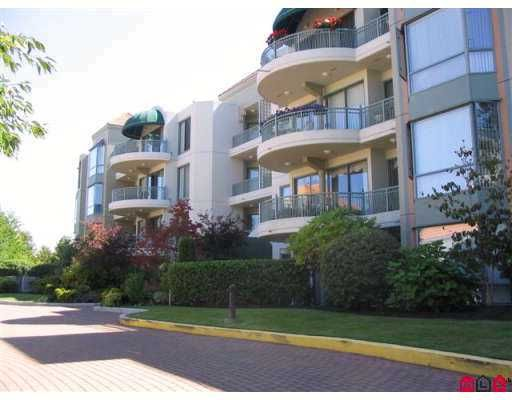 """Main Photo: 1725 MARTIN Drive in White Rock: Sunnyside Park Surrey Condo for sale in """"SOUTH WYND"""" (South Surrey White Rock)  : MLS®# F2617090"""