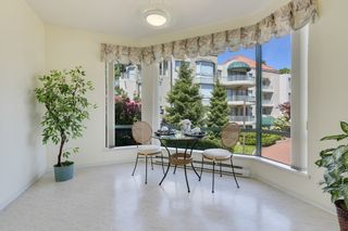 """Photo 22: 207 1725 MARTIN Drive in Surrey: Sunnyside Park Surrey Condo for sale in """"Southwynde by Bosa Construction"""" (South Surrey White Rock)  : MLS®# R2589196"""