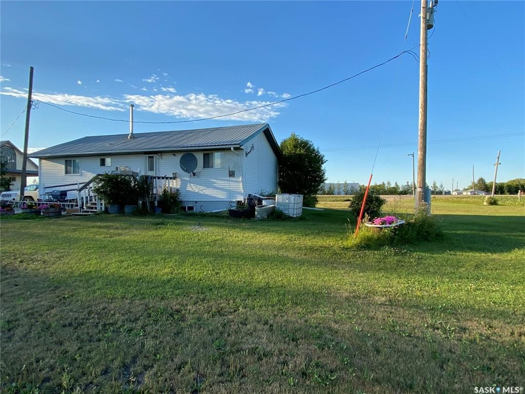 Photo 25: Photos: RM of Humboldt Acreage in Humboldt: Residential for sale (Humboldt Rm No. 370)  : MLS®# SK843007