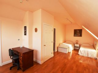 Photo 15: 3203 W 3RD Avenue in Vancouver: Kitsilano 1/2 Duplex for sale (Vancouver West)  : MLS®# R2053036