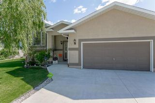 Photo 5: 64 Edelweiss Crescent in Niverville: R07 Residential for sale : MLS®# 202013038