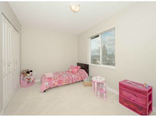 """Photo 7: 79 7938 209 Street in Langley: Willoughby Heights Townhouse for sale in """"Red Maple Park"""" : MLS®# F1413572"""