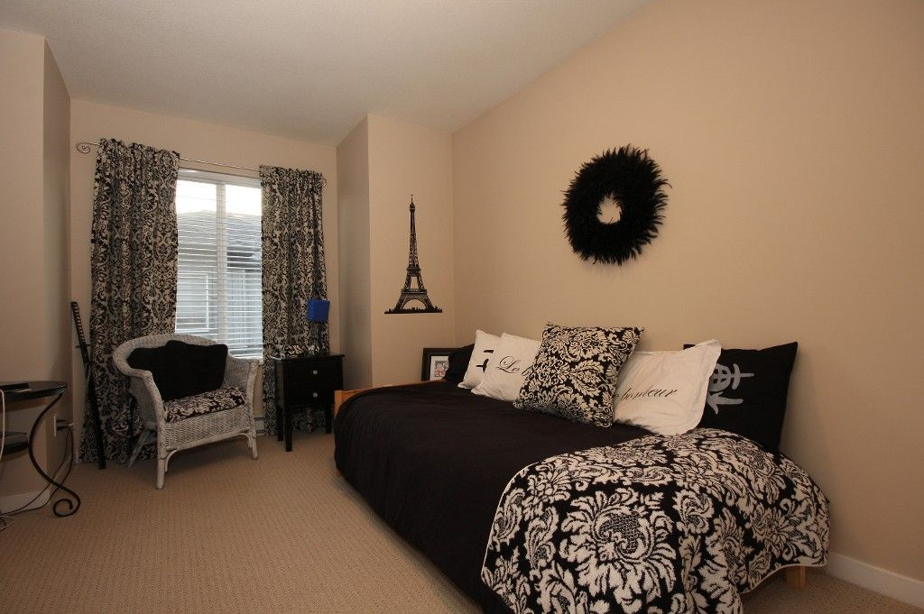 Photo 14: Photos: # 31 18701 66TH AV in : Cloverdale BC Townhouse for sale : MLS®# F1128964