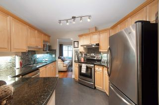 """Photo 3: 13 222 E 5TH Street in North Vancouver: Lower Lonsdale Townhouse for sale in """"BURHAM COURT"""" : MLS®# R2041998"""