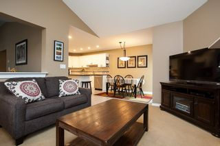 """Photo 11: 49 8555 209 Street in Langley: Walnut Grove Townhouse for sale in """"Autumnwood"""" : MLS®# R2154627"""