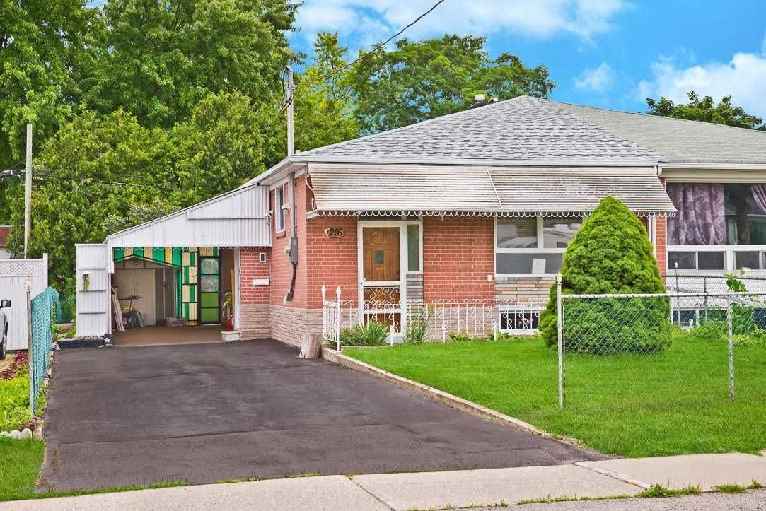 Main Photo: Bsmt 216 N Taylor Mills Drive in Richmond Hill: Crosby House (Bungalow) for lease : MLS®# N5311602
