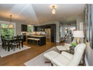 "Photo 9: 305 15175 36 Avenue in Surrey: Morgan Creek Condo for sale in ""Edgewater"" (South Surrey White Rock)  : MLS®# R2039054"