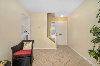 Photo 5: 19 933 Admirals Rd in : Es Esquimalt Row/Townhouse for sale (Esquimalt)  : MLS®# 845320