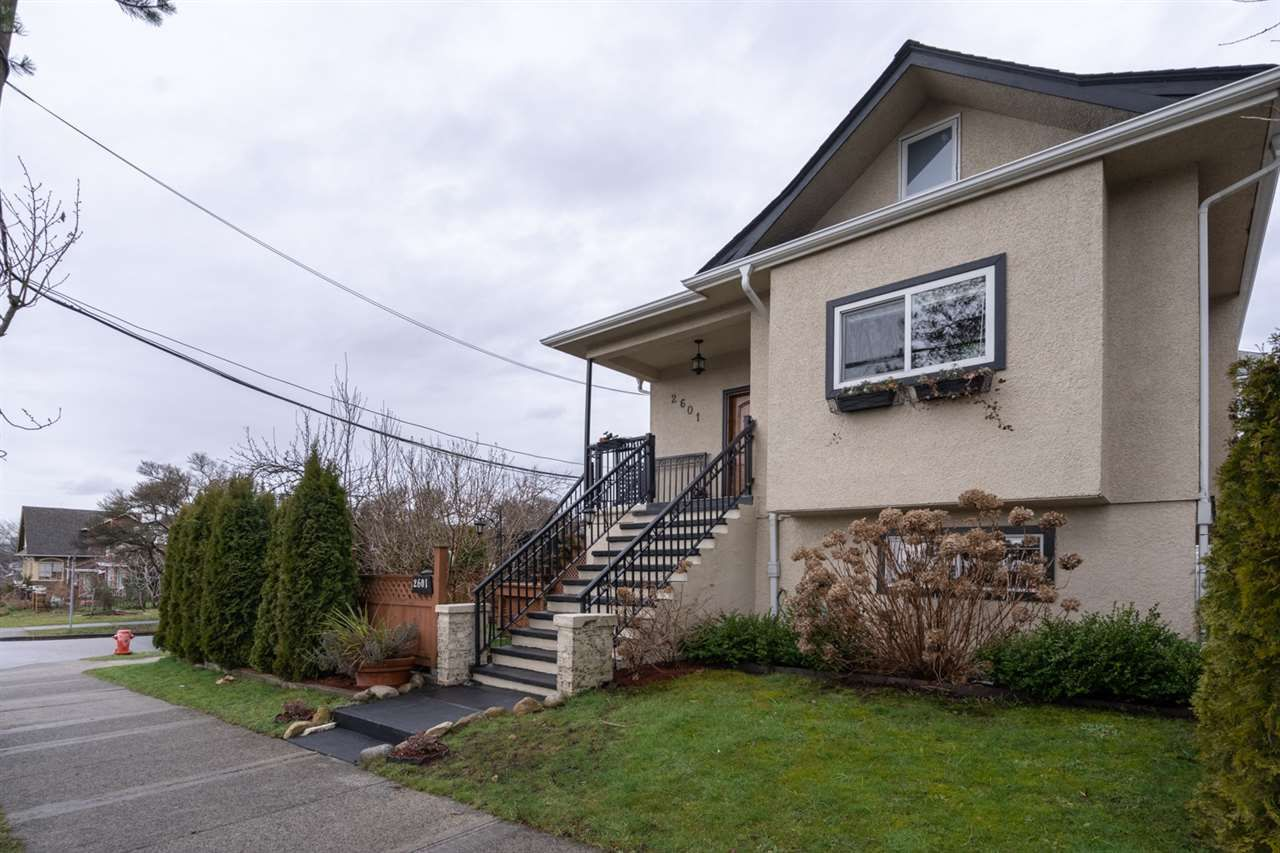 Main Photo: 2601 TURNER Street in Vancouver: Renfrew VE House for sale (Vancouver East)  : MLS®# R2440784