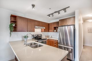 """Photo 3: 315 738 E 29TH Avenue in Vancouver: Fraser VE Condo for sale in """"Century"""" (Vancouver East)  : MLS®# R2617306"""