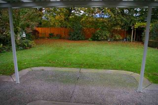 Photo 13: 6970 COACH LAMP Drive in Sardis: Sardis West Vedder Rd House for sale : MLS®# R2118745