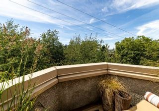 """Photo 15: 46 870 W 7TH Avenue in Vancouver: Fairview VW Townhouse for sale in """"Laurel Court"""" (Vancouver West)  : MLS®# R2537900"""