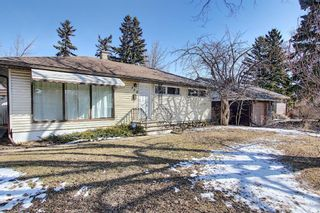 Main Photo: 332 Hawthorn Drive NW in Calgary: Thorncliffe Detached for sale : MLS®# A1088524
