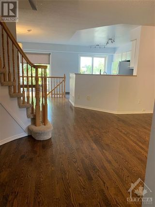 Photo 9: 69 SCOUT STREET in Ottawa: House for rent : MLS®# 1262197